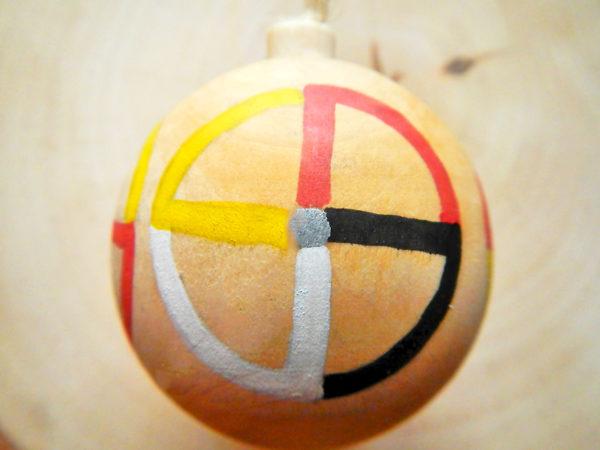 """Weihnachtskugel """"Medizinrad"""" - Modell 3 (Abb. ähnlich)"""