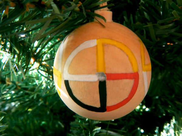 """Weihnachtskugel """"Medizinrad"""" am Tannenbaum (Abb. ähnlich)"""