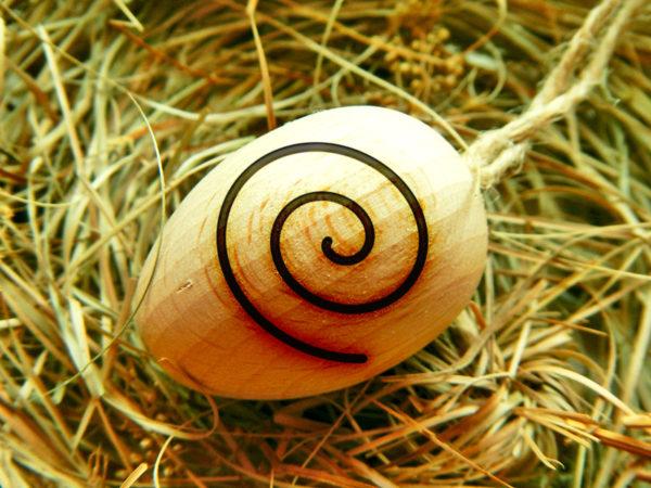"""Ostara Ei """"Spirale des Lebens"""" - linksdrehend (Abb. ähnlich)"""