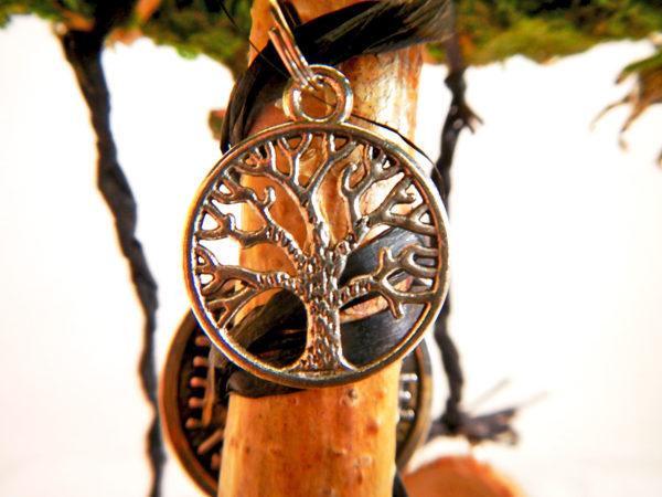 """Beltane Baum """"Runen"""" - Lebensbaum Motivanhänger (Abb. ähnlich)"""
